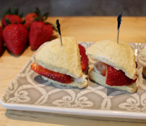 Scones with Strawberry and Ricotta Recipe